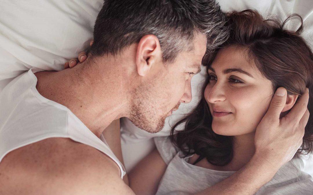 7 Cara Berhubungan Intim Spesial Biar Lebih Seru